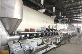 Testing of PE hollow wall winding pipe production line